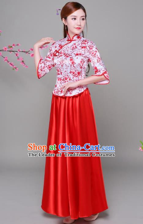 Traditional Chinese Republic of China Children Xiuhe Suit Clothing, China National Embroidered Red Blouse and Skirt for Women