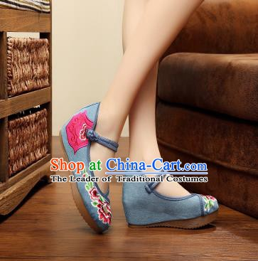 Traditional Chinese National Blue Linen Embroidered Shoes, China Princess Shoes Hanfu Embroidery Peony Shoes for Women