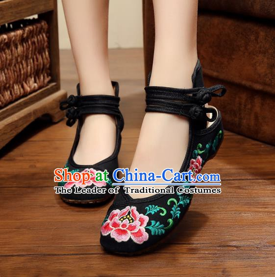 Traditional Chinese National Hanfu Shoes Embroidered Peony Shoes, China Princess Black Embroidery Shoes for Women