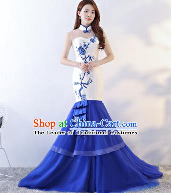 Chinese Style Wedding Catwalks Costume Wedding Bride Embroidered Trailing Full Dress Fishtail Cheongsam for Women