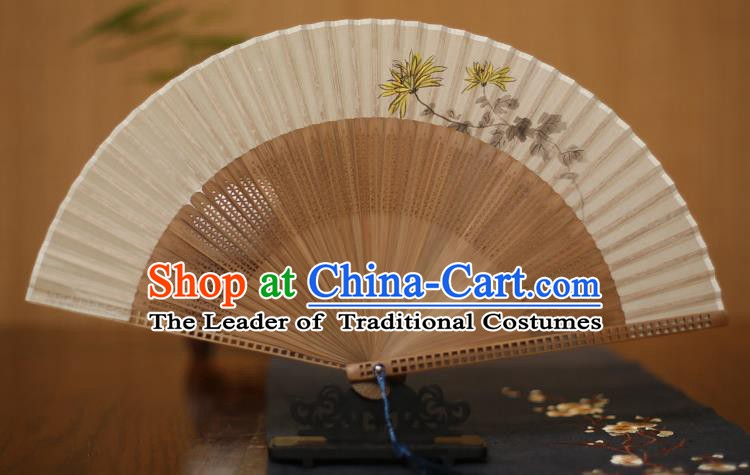 Traditional Chinese Crafts Printing Chrysanthemum Folding Fan, China Handmade Classical Silk Pierced Fans for Women