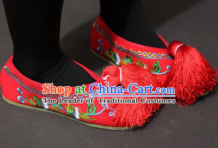 Traditional China Beijing Opera Actress Embroidery Red Shoes, Chinese Peking Opera Diva Blood Stained Shoes