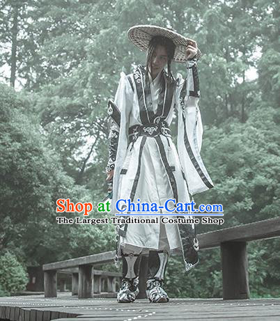 Chinese Traditional Cosplay Taoist Priest Costumes Ancient Swordsman Clothing for Men