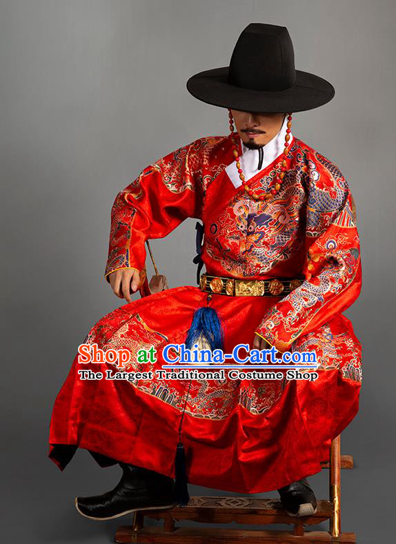Chinese Traditional Ming Dynasty Blades Clothing Ancient Imperial Guards Embroidered Red Costumes for Men