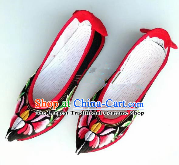 Chinese Traditional Hanfu Shoes Black Embroidered Shoes Handmade Cloth Shoes for Women