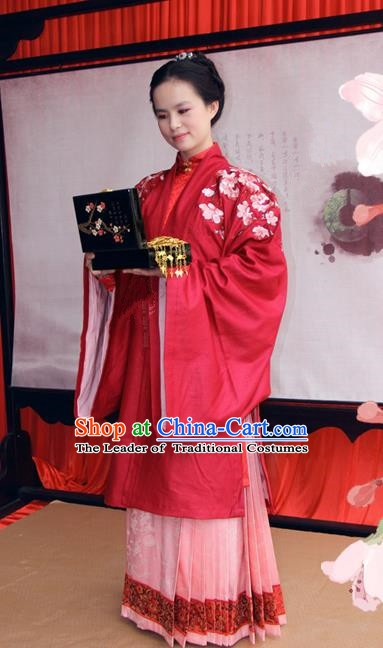 Asian China Ancient Princess Wedding Costume Chinese Ming Dynasty Palace Lady Embroidered Clothing for Women