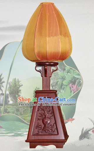 Handmade Traditional Chinese Lantern Desk Lamp Yellow Silk Lanern New Year Lantern