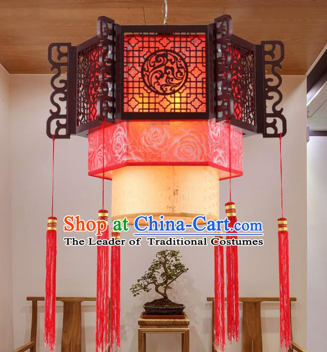 Asian China Handmade Wood Carving Lantern Traditional Ancient New Year Ceiling Lamp Palace Lanterns