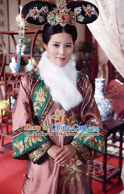Chinese Ancient Qing Dynasty Manchu Imperial Concubine Embroidered Dress Historical Costume for Women