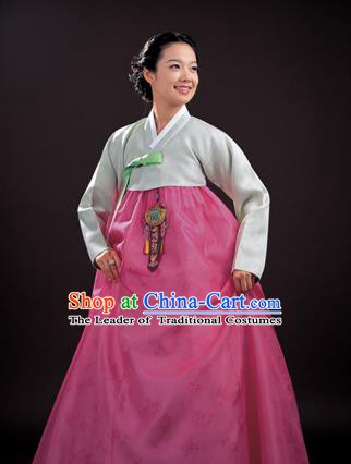 Korean Traditional Bride Palace Hanbok Clothing Light Green Blouse and Pink Dress Korean Fashion Apparel Costumes for Women