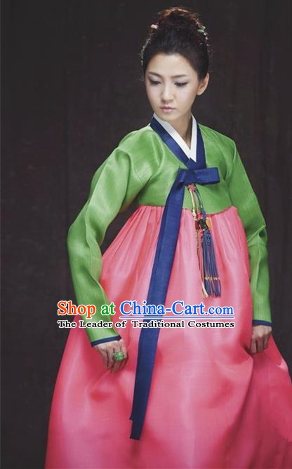Korean Traditional Palace Garment Hanbok Fashion Apparel Costume Green Blouse and Pink Dress for Women