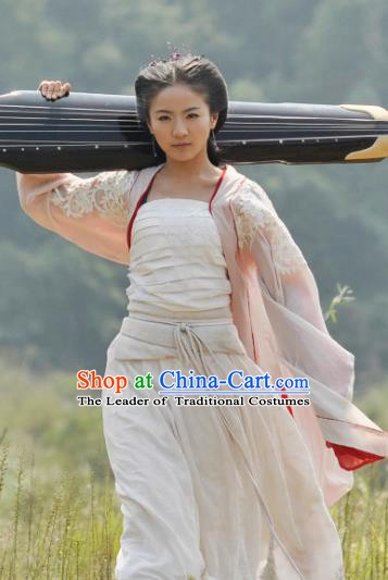 Chinese Ancient Ming Dynasty Princess Dress Fairy Embroidered Historical Costume for Women