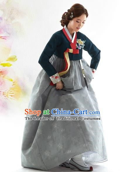 Korean Traditional Bride Hanbok Atrovirens Blouse and Grey Embroidered Dress Ancient Formal Occasions Fashion Apparel Costumes for Women