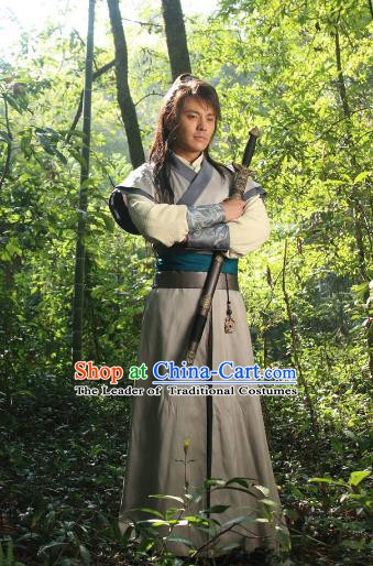 Chinese Ming Dynasty Swordsman Robe Ancient Knight-errant Replica Costume for Men