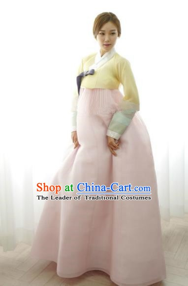 Korean Traditional Bride Hanbok Formal Occasions Yellow Blouse and Light Pink Dress Ancient Fashion Apparel Costumes for Women