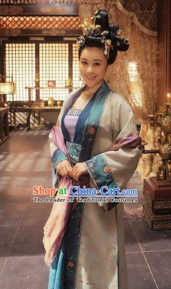 Chinese Song Dynasty Princess Embroidered Dress Ancient Palace Lady Replica Costume for Women