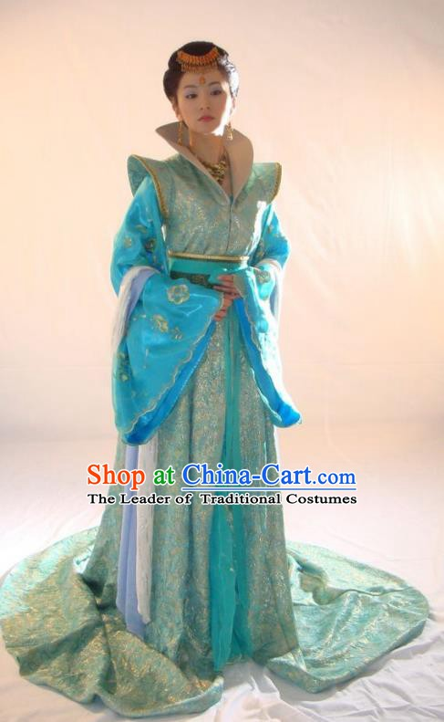 Chinese Ancient Song Dynasty Palace Lady Imperial Consort Embroidered Replica Costume for Women