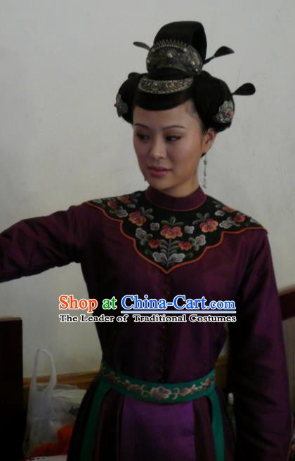 Chinese Traditional Tang Dynasty Princess Taiping Embroidered Dress Palace Lady Replica Costume for Women