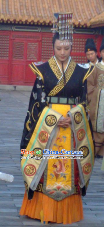 Chinese Traditional Tang Dynasty Empress Embroidered Imperial Robe Queen Wu Zetian Replica Costume for Women