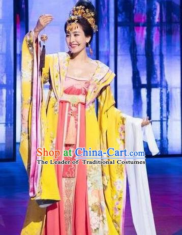 Chinese Ancient Tang Dynasty Imperial Concubine Yang Yuhuan Dress Embroidered Replica Costume for Women