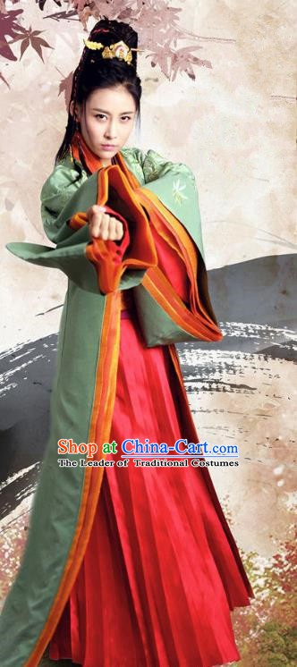 Chinese Ancient Three Kingdoms Dynasty Swordswoman Hanfu Dress Replica Costume for Women