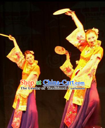 Chinese Traditional Folk Dance Fan Dance Costume, Classical Dance Dress Ancient Stage Performance Clothing for Women