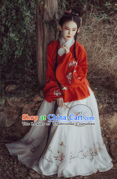 Chinese Ancient Nobility Lady Clothing Traditional Ming Dynasty Princess Embroidered Hanfu Dress for Women
