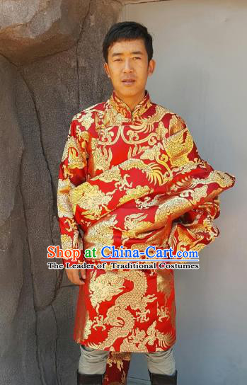 Chinese Traditional Zang Nationality Wedding Costume, China Tibetan Ethnic Embroidered Dragon Red Tibetan Robe for Men