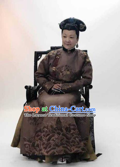Story of Yanxi Palace Chinese Ancient Qing Dynasty Empress Dowager Embroidered Costumes and Headpiece for Women