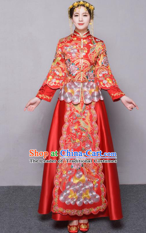 Chinese Traditional Xiuhe Suit Embroidered Red Longfeng Flown Ancient Wedding Dress for Women