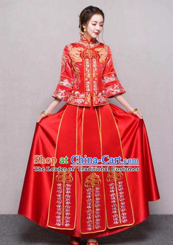 Chinese Traditional Xiuhe Suit Ancient Longfeng Flown Embroidered Red Wedding Dress for Women
