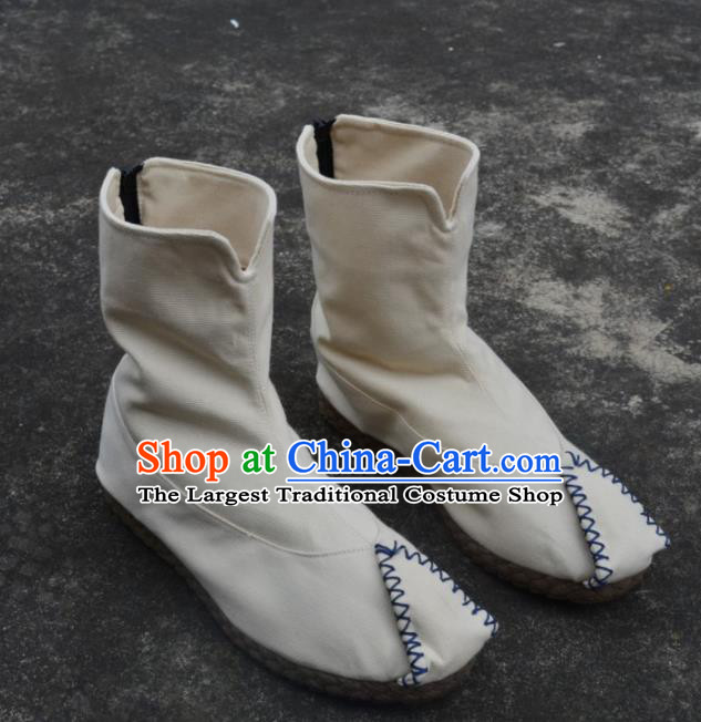 Chinese Traditional White Boots Ancient Swordsman Shoes Embroidered Shoes for Men