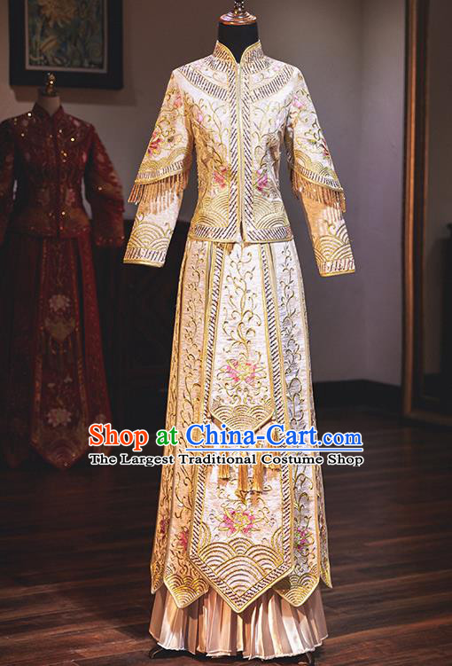 Chinese Traditional Wedding Costumes Embroidered Lotus White Xiuhe Suits Ancient Bride Toast Full Dress for Women