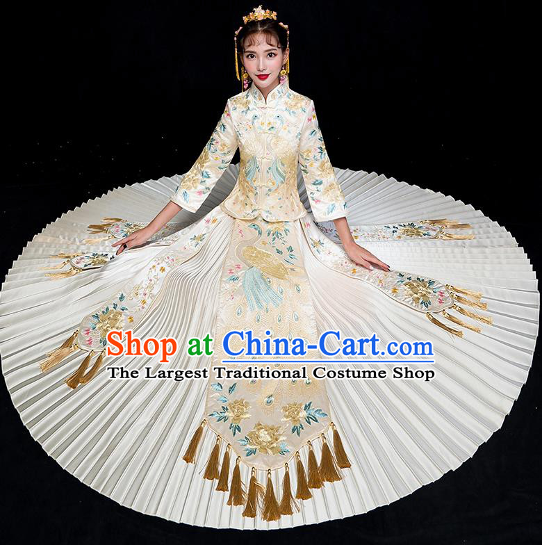 Chinese Traditional Embroidered Peacock White Xiuhe Suits Ancient Bride Toast Wedding Costumes for Women