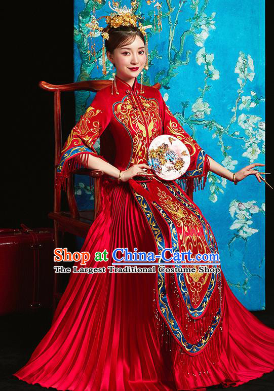 Chinese Traditional Bride Toast Embroidered Butterfly Red Xiuhe Suits Ancient Wedding Costumes for Women