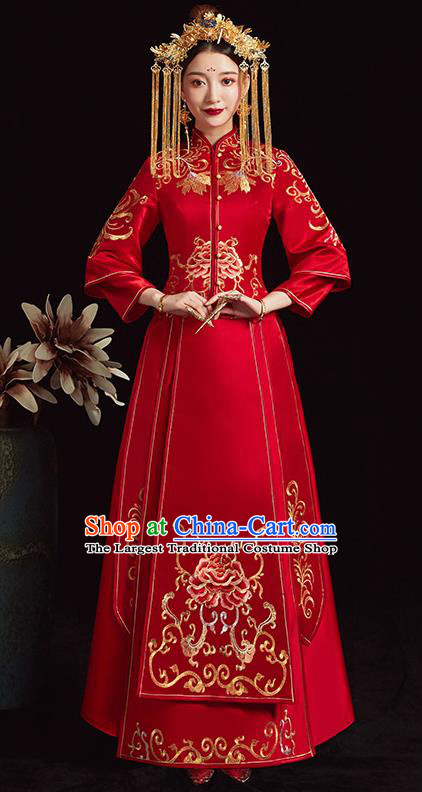 Chinese Traditional Bride Xiuhe Suit Ancient Wedding Embroidered Peony Red Dress for Women