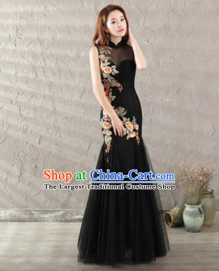 Chinese Traditional National Costume Classical Wedding Black Veil Fishtail Full Dress for Women