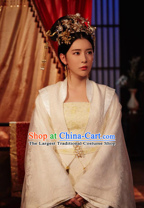 Chinese Ancient Drama Queen Dugu Northern Zhou Dynasty Imperial Concubine Embroidered Historical Costume and Headpiece for Women
