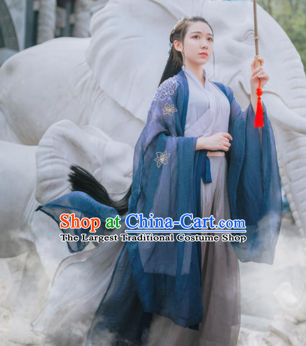 Traditional Chinese Jin Dynasty Swordswoman Historical Costume Ancient Nobility Lady Hanfu Dress for Women