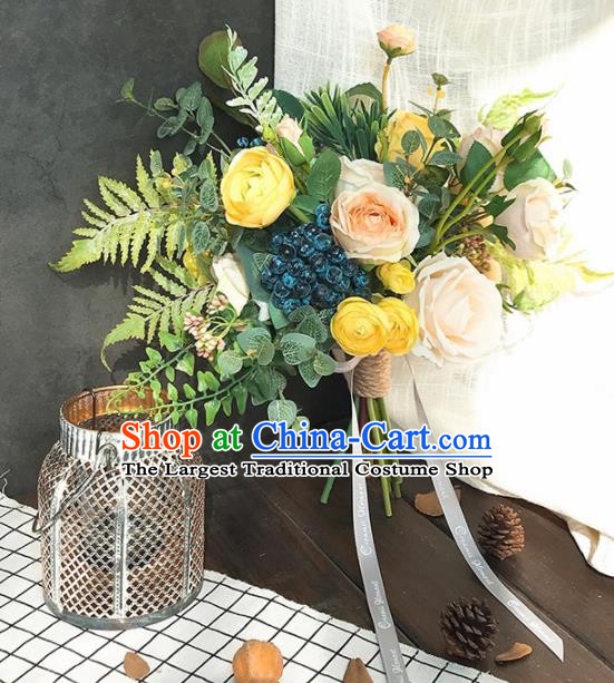 Handmade Classical Wedding Bride Holding Emulational Yellow Rose Flowers Ball Hand Tied Bouquet Flowers for Women