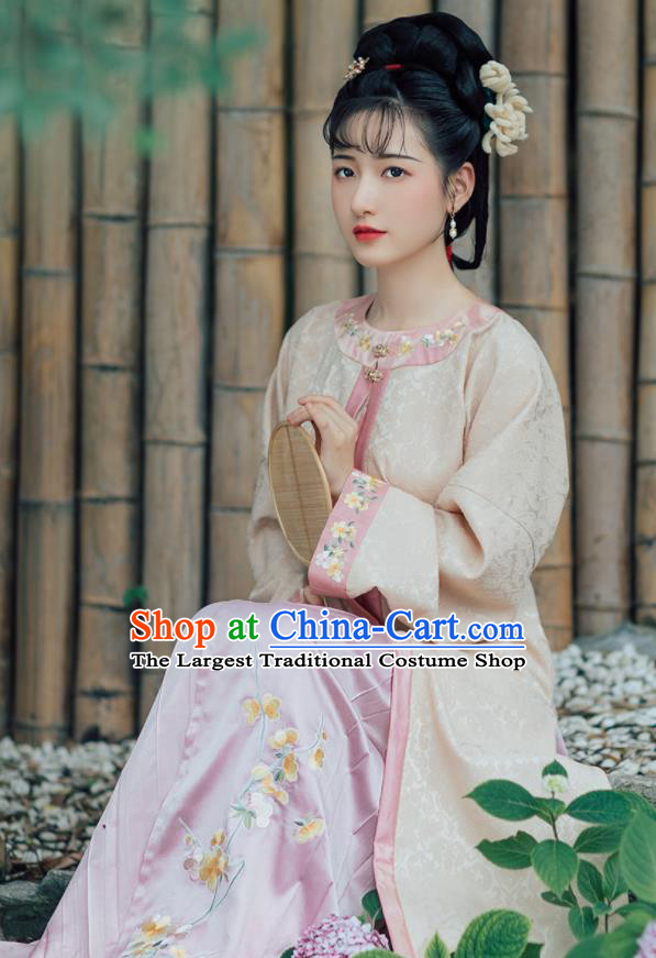 Asian Chinese Ancient Nobility Lady Embroidered Hanfu Dress Traditional Ming Dynasty Historical Costume for Women