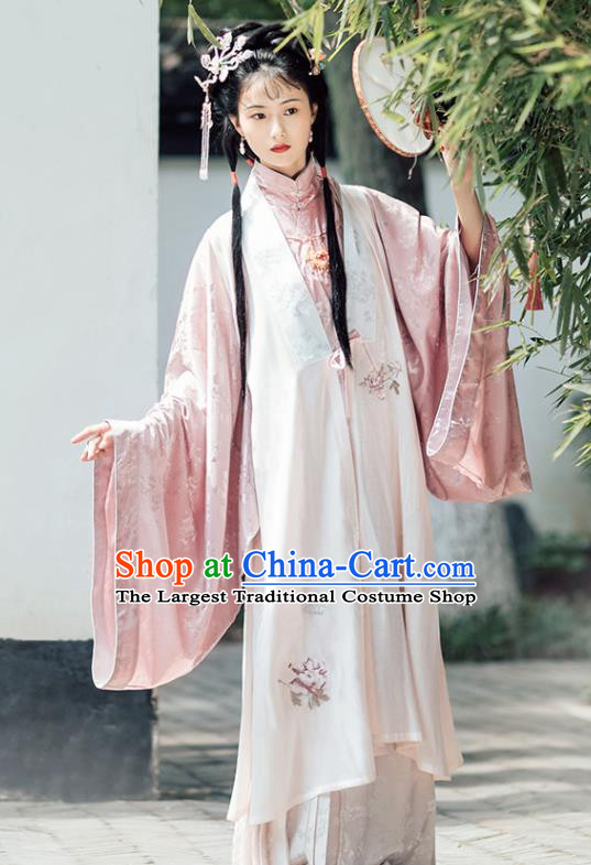 Chinese Ancient Drama Ming Dynasty Nobility Lady Xue Baochai Hanfu Dress Traditional Dream of the Red Chamber Historical Costume for Women