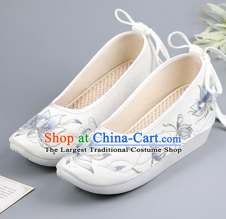 China Embroidered Epiphyllum Shoes Ancient Court Shoes Traditional Hanfu Shoes Ming Dynasty Princess Shoes