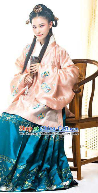 Ancient China Patrician Princess Embroidered Hanfu Dress Traditional Ming Dynasty Infanta Historical Clothing