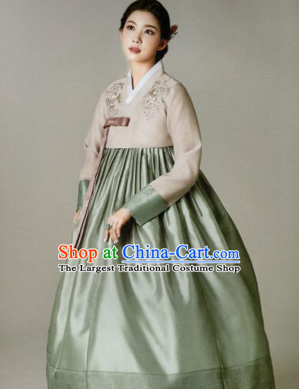 Korean Traditional Hanbok Princess Beige Blouse and Green Satin Dress Outfits Asian Korea Fashion Costume for Women