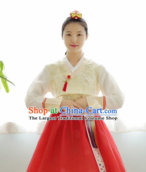 Korean Traditional Garment Beige Blouse and Red Dress Bride Hanbok Asian Korea Fashion Costume for Women