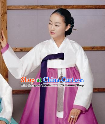Korean Traditional Bride Mother Hanbok White Blouse and Rosy Dress Garment Asian Korea Fashion Costume for Women