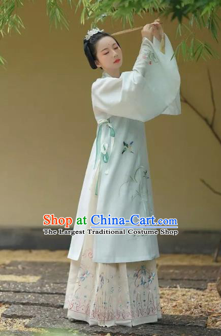 Chinese Ancient Taoist Nun Embroidered Dress Traditional Ming Dynasty Nobility Lady Costumes for Women