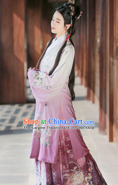 Chinese Ming Dynasty Young Mistress Embroidered Dress Traditional Ancient Patrician Lady Costumes for Women