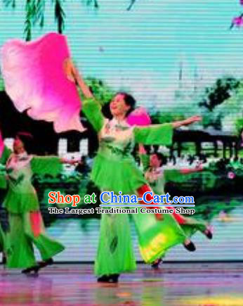 Chinese Flying Kites Folk Dance Green Outfits Traditional Fan Dance Stage Performance Costume for Women